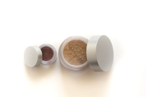 loose mineral makeup for aestheticians