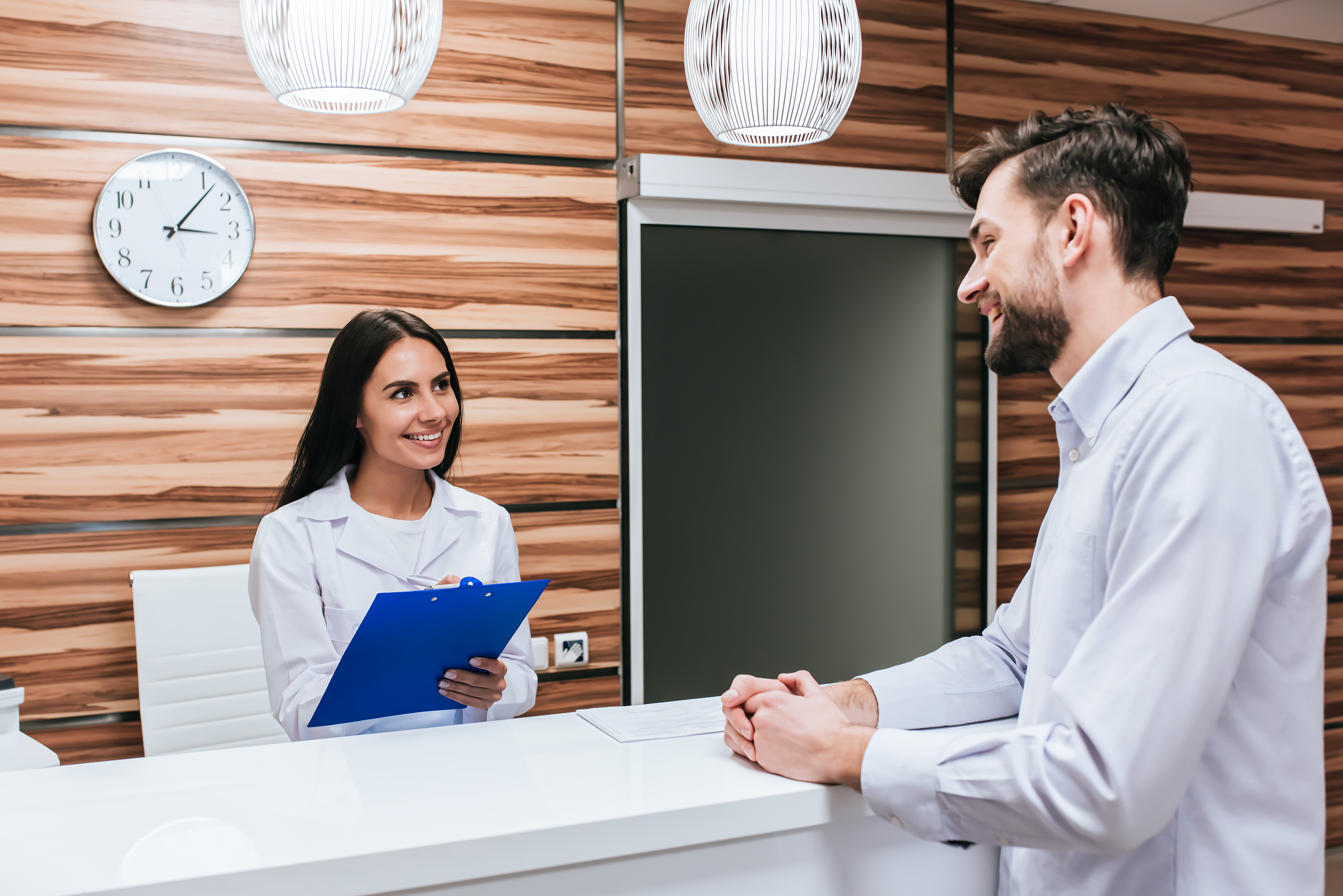 5 Tips To Improve Front Desk Customer Service