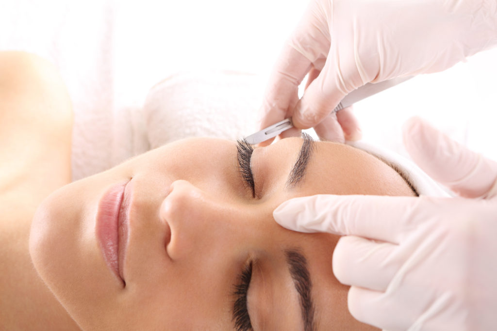 professional Dermaplaning for facial